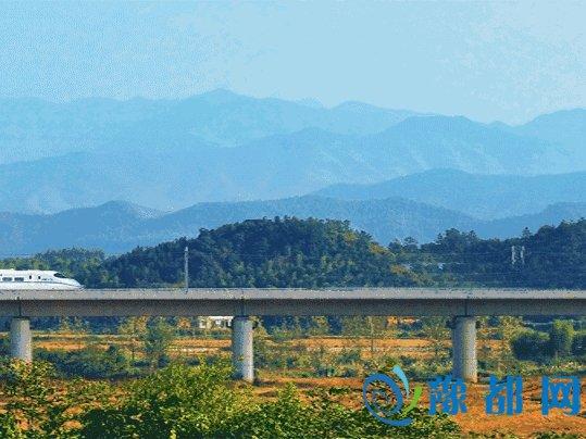 坐火车出国啦从郑州也能够热血无赖4个独特数字
