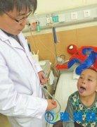 男童心脏动脉长反 少年长獠牙怕见光盘点人类可怕怪病