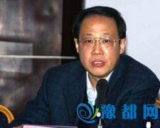 委员呼吁扩大郑州铁路局管辖范围 称发展受制约