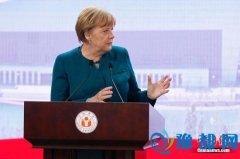 """默克尔:难民危机对欧洲是""""历史性的考验"""""""