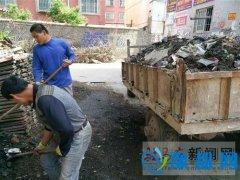 人民街道健康社区组织朱氏桥清淤排污