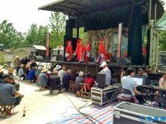 磙子营乡:戏曲下乡 唱响和谐