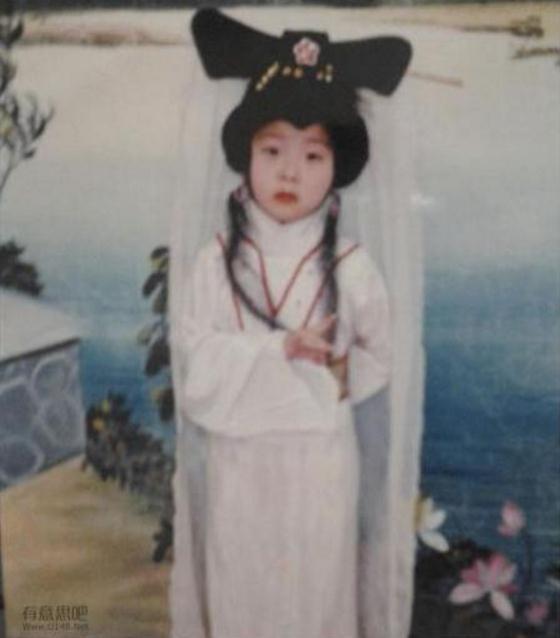 许仙,你当年救了我一命,我要嫁给你。