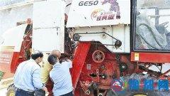 泌阳县组织人员进村入户宣传农机具安全知识