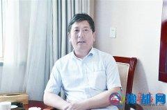 汝南高中校长帮助学生调整心态