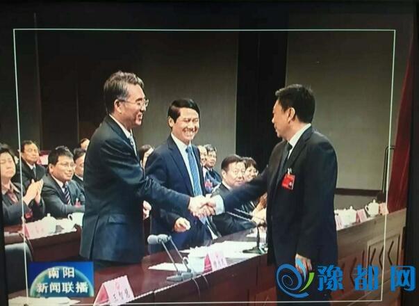 快讯:霍好胜当选南阳市人民政府市长