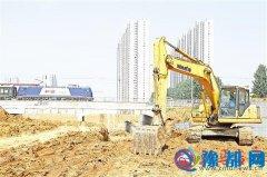 市淮河大道京广铁路下穿引道工程正加紧施工