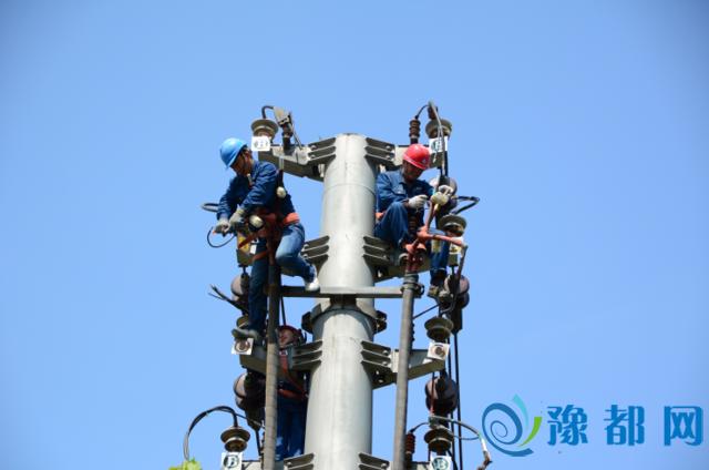 驻马店供电公司:设备消缺保供电确保夏季用电