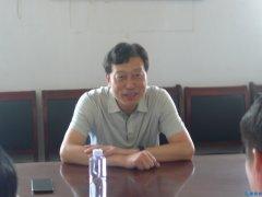 县委书记杨英锋在鲁山县食品药品监督管理局调研