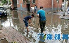 区住建局积极应对暴雨,确保辖区汛期安全