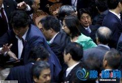"""日本在野党将联合提交不信任案 """"对决""""安倍政府"""