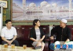 县委常委、宣传部长李彬,县委常委、统战部长代元辉开斋节走访慰问穆斯林群众