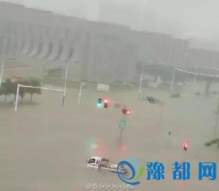 新乡的大雨