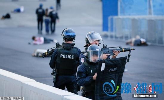 法国宣布将部署90000名警察、安保人员为欧锦赛保驾护航。