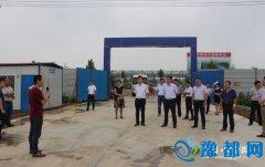 县人大代表视察工业重点项目