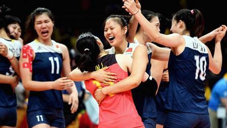 里约奥运中国女排进四强 苦战5轮喜极而泣