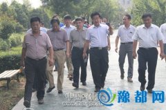 市林业和园林局局长宋孟欣到我区观摩检查园林绿化工作