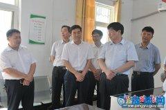 省人社厅副厅长刘延光一行莅临我县调研人力资源社会保障公共服务平台建设工作