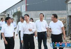 副省长王铁到平舆县调研农业产业结构调整和脱贫攻坚工作