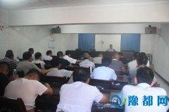 巨陵镇组织人员到舞阳县参观学习人居环境整治工作(图)