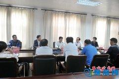 宁波格莱特公司董事长王华军来我县考察洽谈项目