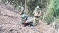 实拍中越边境战士冒死排雷 爆炸物种类达30余种