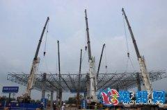 豫鲁省界公安交通联合检查站检测大棚吊装封顶
