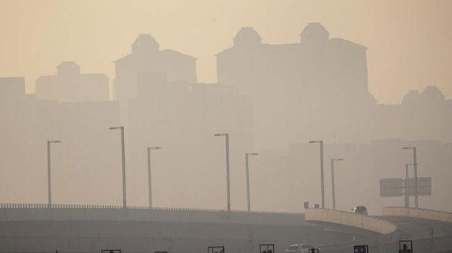 入冬最严重雾霾来袭 河南遭遇重度霾