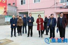 平舆县长赵峰就文明创建工作进行现场办公