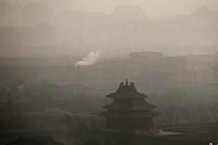 """""""望霾叹息""""61个城市在雾霾中跨年迎元旦"""