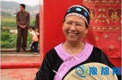 河南农村这个职业过年不休 动动嘴日赚上千