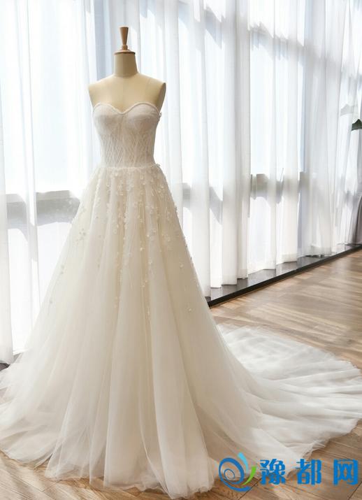 新娘婚纱风格有哪些 2017年流行的婚纱款式