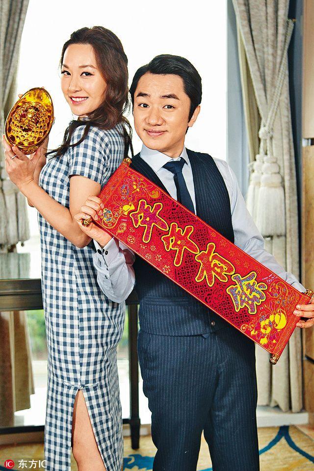 """去年,王祖蓝与曾志伟及邵氏兄弟电影公司合资开设""""手工艺创作有限公司"""",在香港及北京设立工作室。荣升""""王总""""的他直言,新年会豪派6位数字开工利是。"""