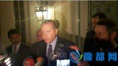土耳其总统埃尔多安乘飞机回国 抵达伊斯坦布尔