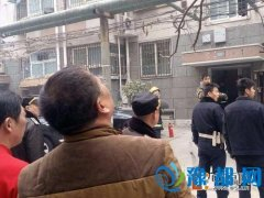 又着火了!郑州国棉四厂一居民家厨房突冒浓烟
