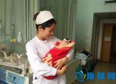 7天大婴儿无法排便做手术 医生:像在豆腐上动刀