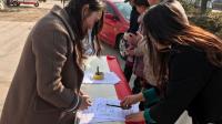 全国人大:完善二孩政策 尊重女性就业权利