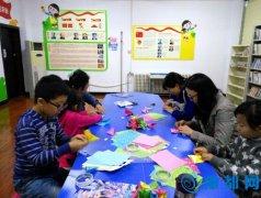 [三办]中原中路二社区开展儿童趣味折纸活动