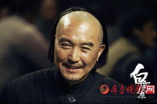 吴刚在《白鹿原》的剧照。