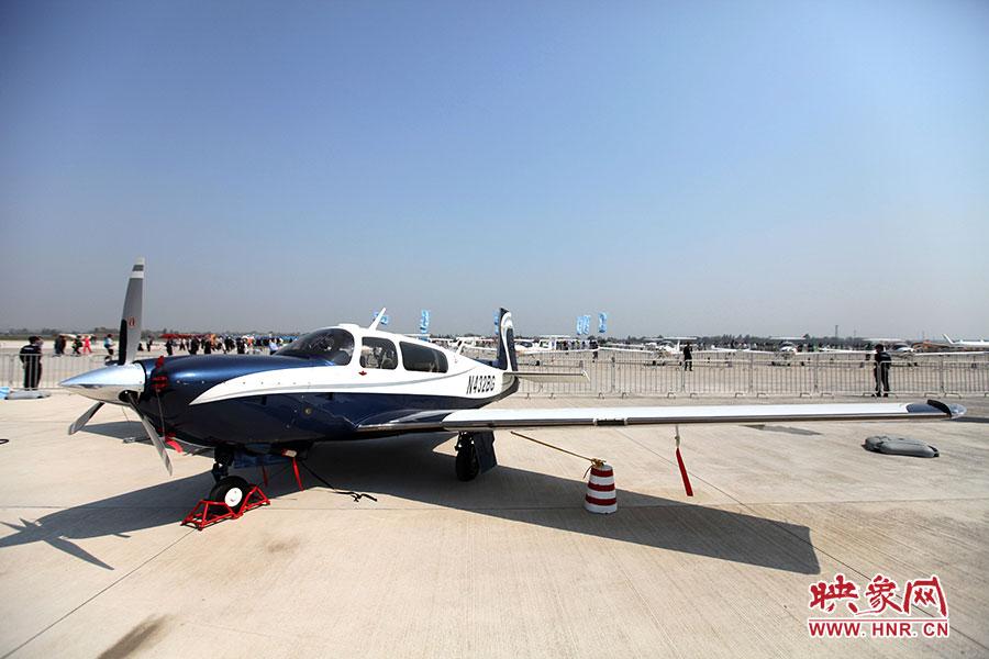 轻型飞机的静态展示
