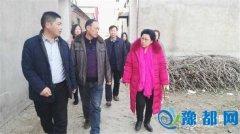 市人大秘书长王磐到前杨村看望困难群众(图)