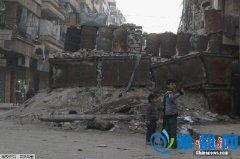 战火中的叙儿童:5岁男孩空袭劫后余生触动全球