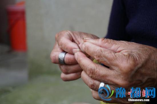 卫计委:超四成留守老人迁移流动为照料晚辈