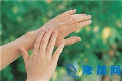 手指看相,从手指长短、指形分析命运如何