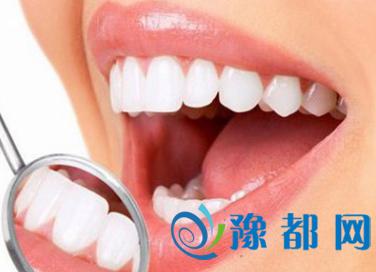 常叩牙齿防牙周病