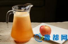 中医提示:苹果汁帮你治胆结石