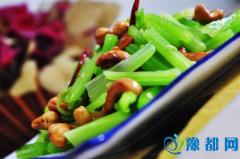 三丝芹菜 夏天不得不吃的家常菜