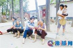 遂平县公安局组织民警下乡进村开展精准扶贫
