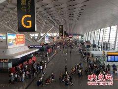 郑州机场暑运发送旅客451万人次 较2016年增加38万人次