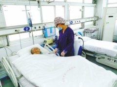 因家属与养老院纠葛难平 洛阳一六旬老人住院俩月难为了医护人员